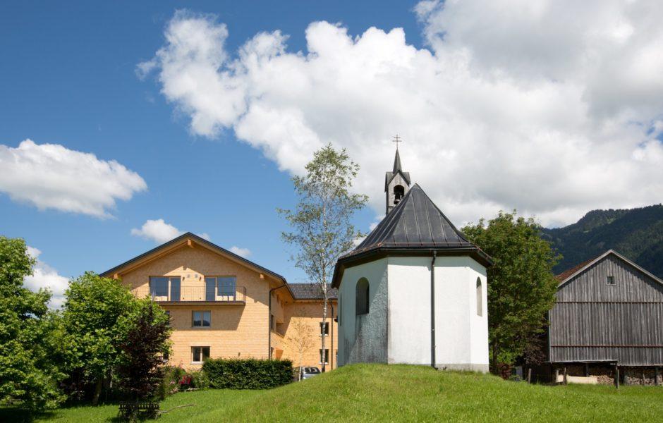 Schtûbat mit Kapelle (c) Christine Andorfer