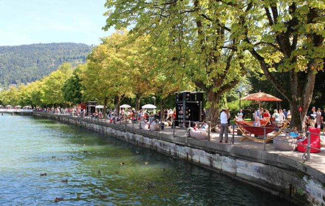 StadtLesen-Bregenz-Seepromenade-Bodensee, Service fuer Kultur (c) bregenz.travel